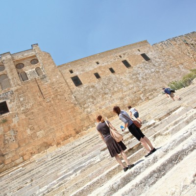 Fuller Seminary students learn in real life in Israel