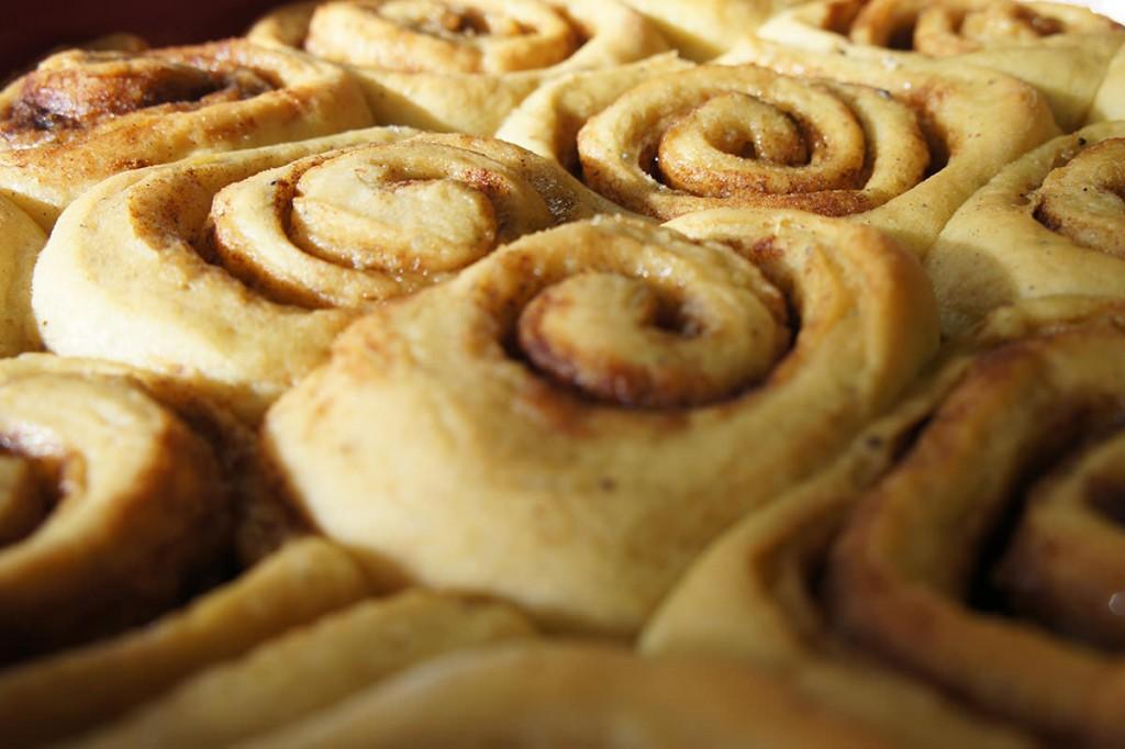 cinnamon-rolls-detail