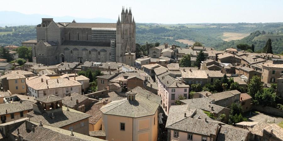Wide shot of Orvieto, Italy