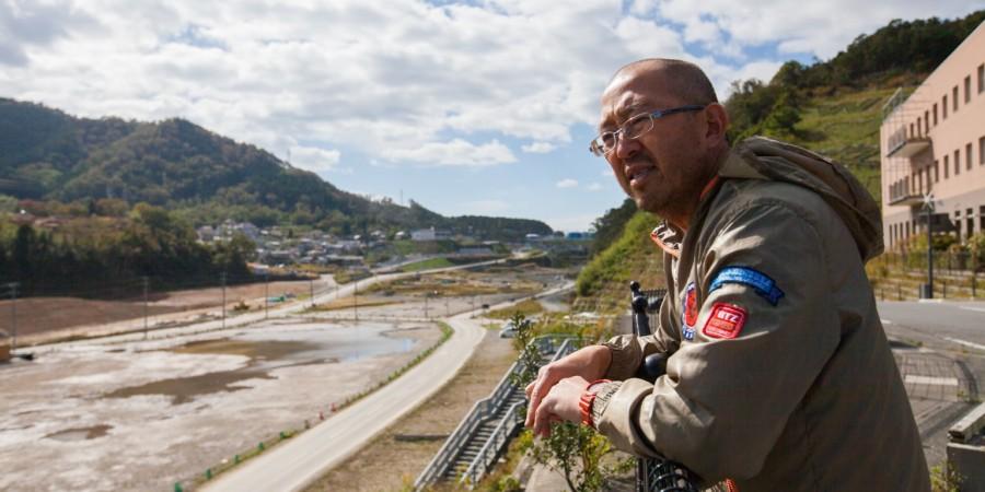 Fuller Seminary alum Eric Takamoto surveying the devestation in Japan