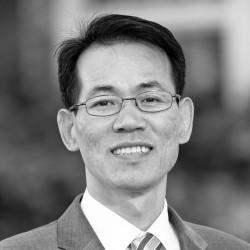 Fuller Seminary faculty member Jin Ki Hwang