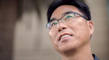 Portrait of Fuller Seminary student Jongjin Park
