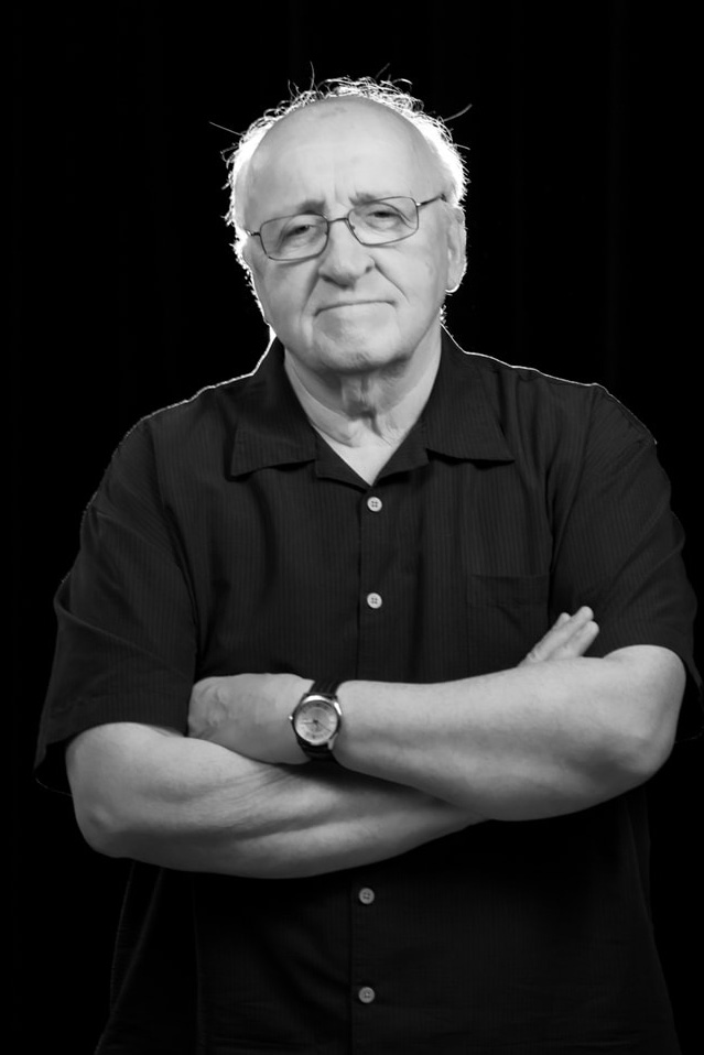 Portrait of Fuller Seminary faculty member Richard Mouw for FULLER magazine