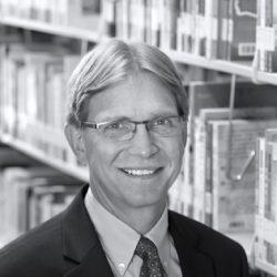 Scott Sunquist (headshot)